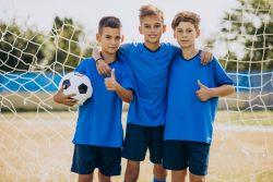 Football-team-players-field